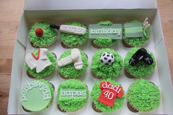 cricket-theme-birthday-cakes-cupcakes-1