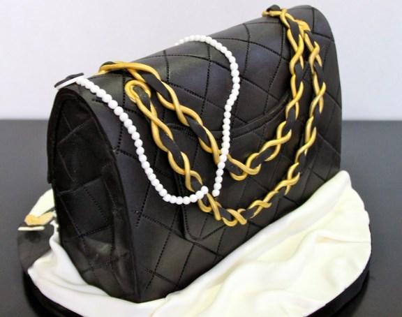 designer-bags-lv-gucci-prada-cakes-cupcakes-12
