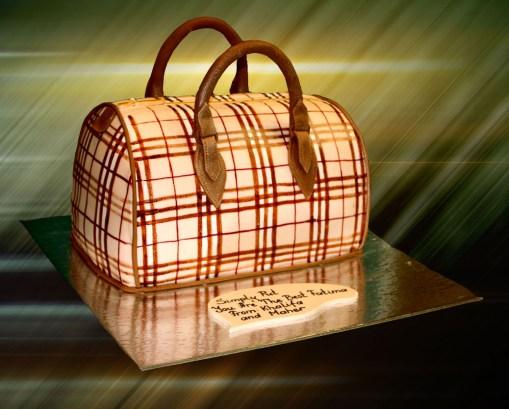 designer-bags-lv-gucci-prada-cakes-cupcakes-32