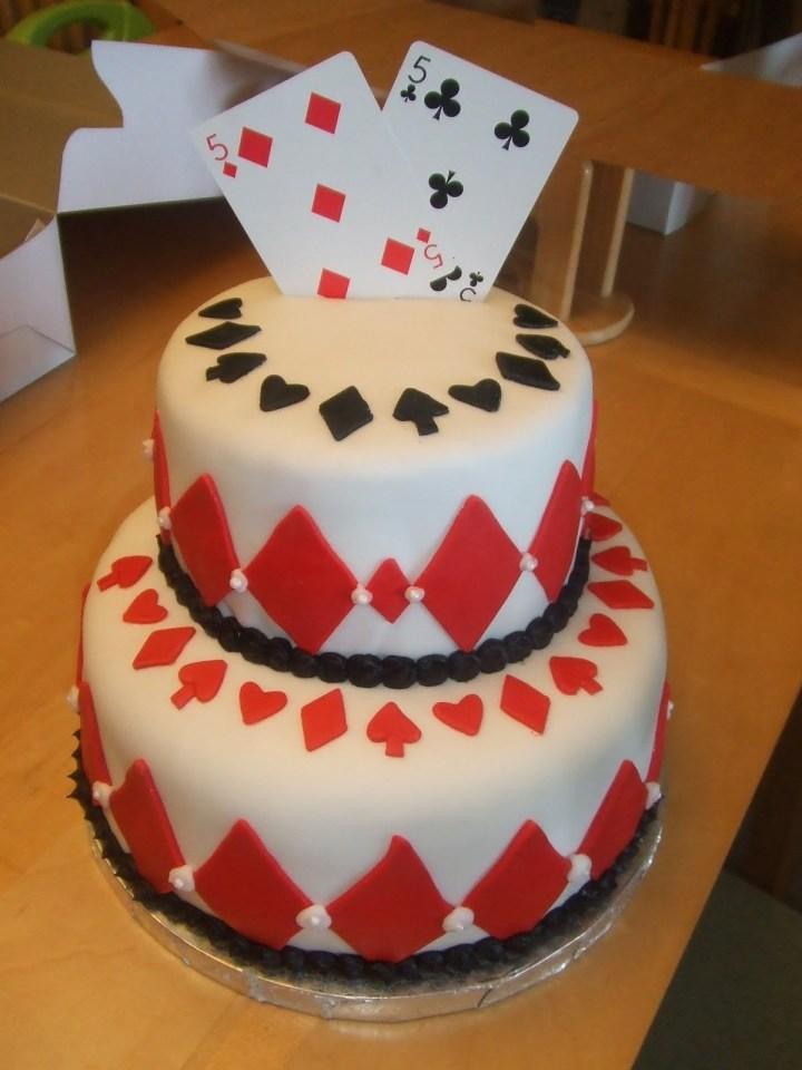 poker-cards-casino-theme-cakes-cupcakes-mumbai-12