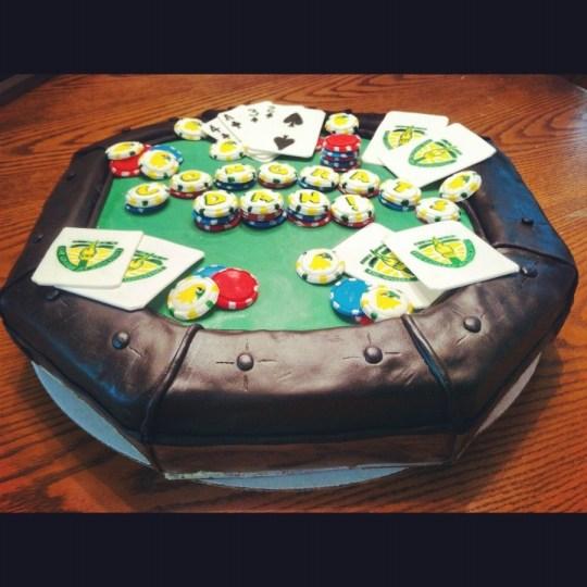 poker-cards-casino-theme-cakes-cupcakes-mumbai-26