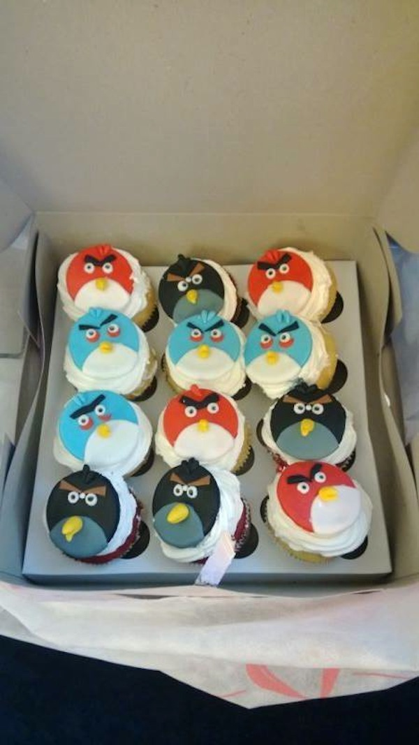 angry-birds-flat-cakes-cupcakes-mumbai-2013-14