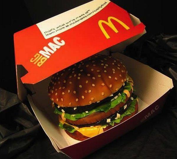 mc-donalds-burger-cakes-cupcakes-mumbai-2013-9