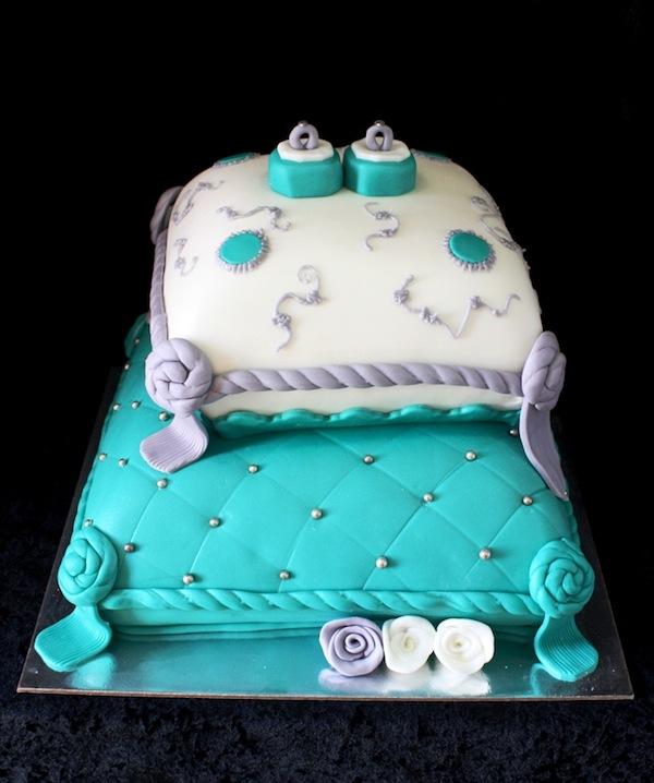 egagement-cakes-theme-best-cupcakes-mumbai-16