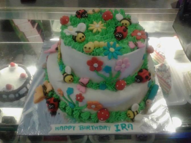 designer-cakes-cupcakes-mumbai-38