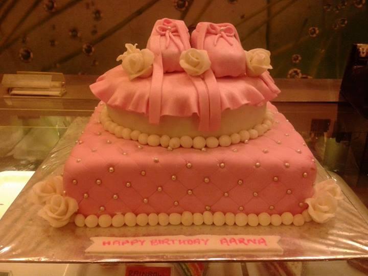 designer-cakes-cupcakes-mumbai-49