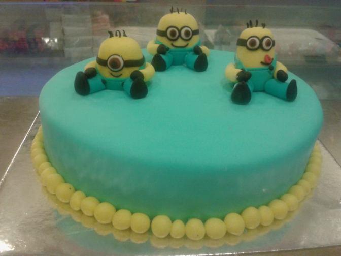 minions-designer-cakes-cupcakes-mumbai-47