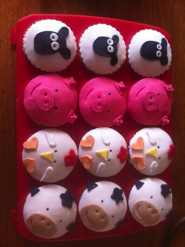 sheep-pigs-animal-jungle-theme-cakes-cupcakes-mumbai-31