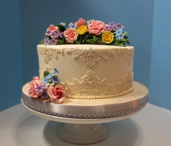 flower-designer-theme-birthday-wedding-engagement-cakes-cupcakes-mumbai-4
