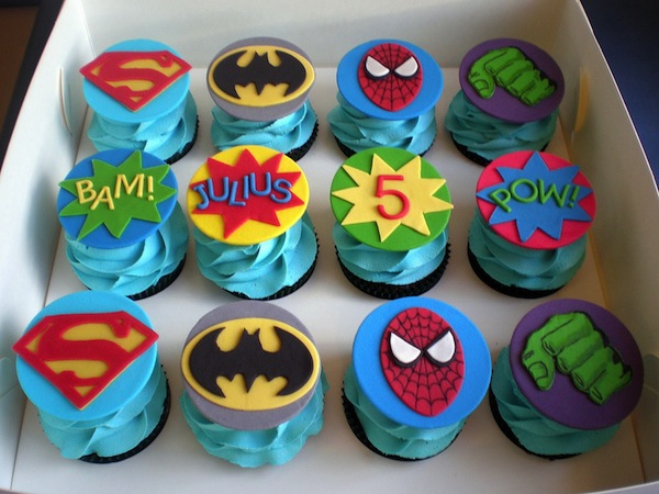 superhero-designer-theme-birthday-wedding-engagement-cakes-cupcakes-mumbai-23