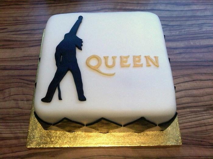 queen-music-theme-customised-cakes-cupcakes-mumbai-buy-online-18