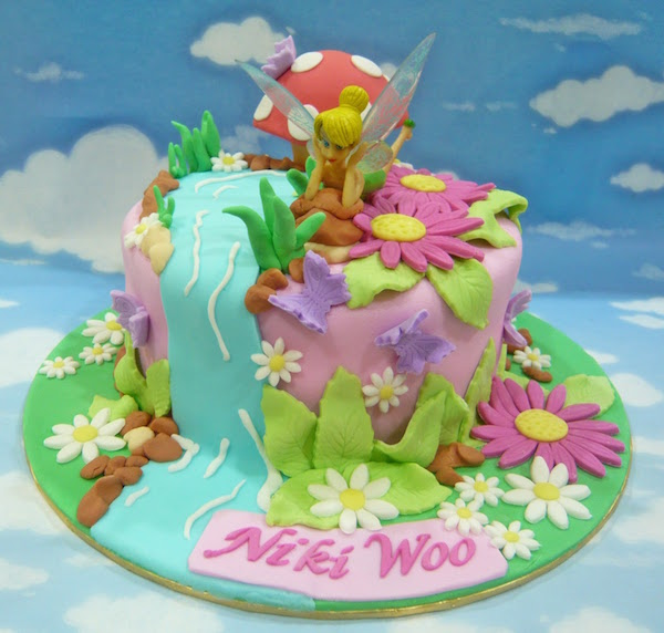 Fabulous Tinkerbell Birthday Cake And Cupcakes The Cake Boutique Personalised Birthday Cards Cominlily Jamesorg