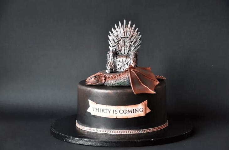 25-game-of-thrones-theme-designer-cakes-cupcakes-mumbai-31-iron-throne-dragon