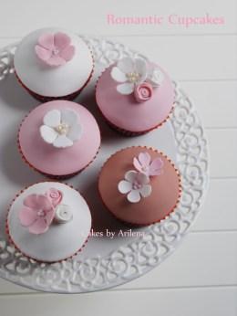 Sweet vintage cupcakes