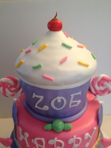 Happy Birthday Zoe A Cupcake Cake Fit For A Princess