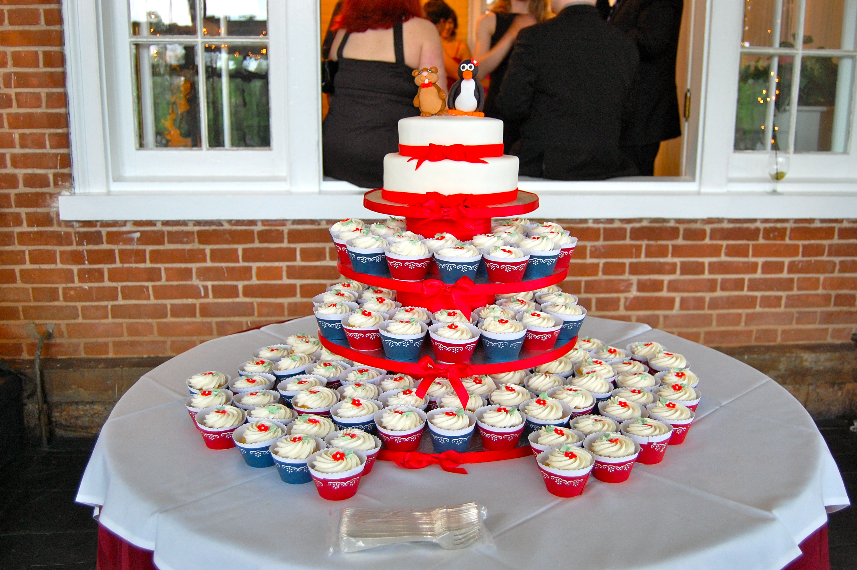 Red White And Blue Wedding Cakes
