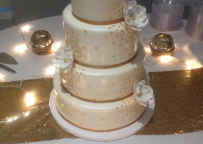 Simple And Chic White Gold Wedding Cake