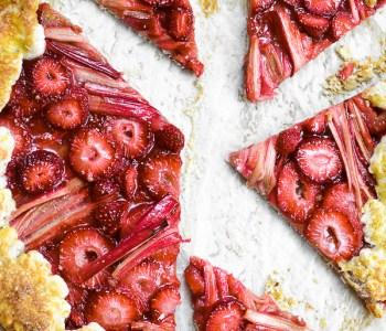 strawberry rhubarb galette