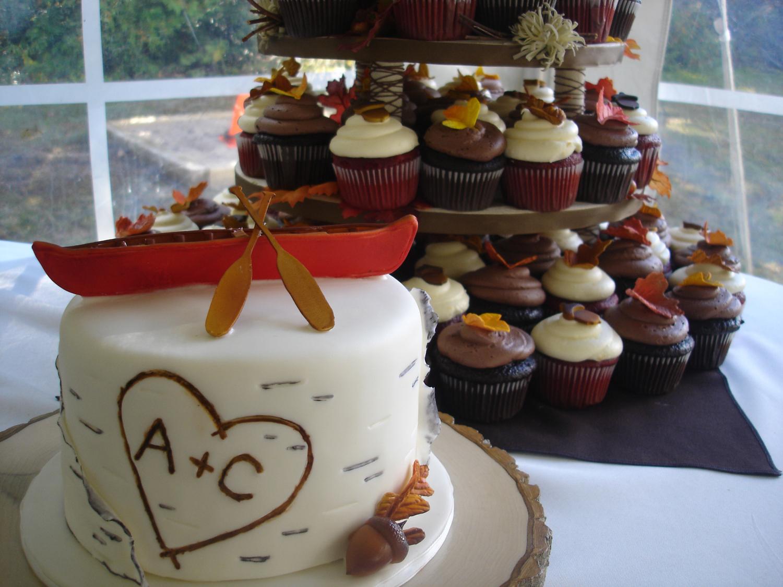 Muskoka Fall Wedding Cupcakes