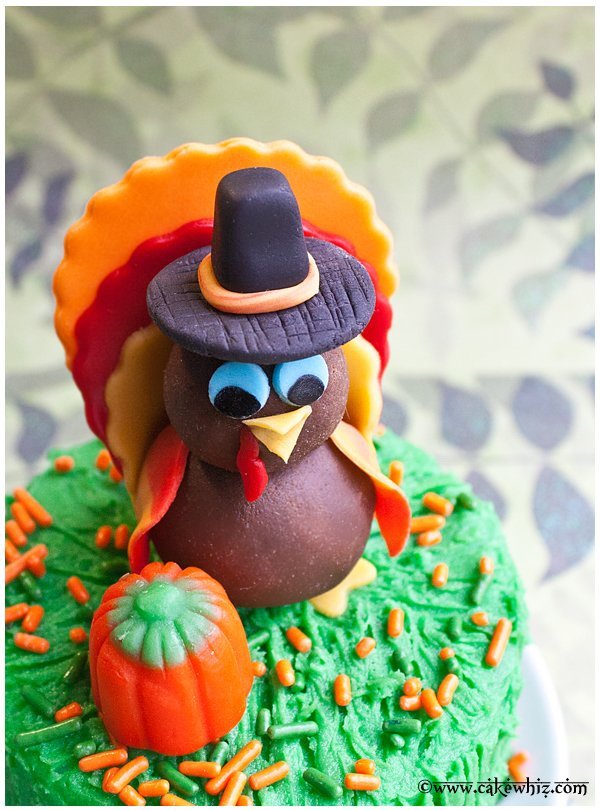 how to make turkey topper for cakes and cupcakes 4