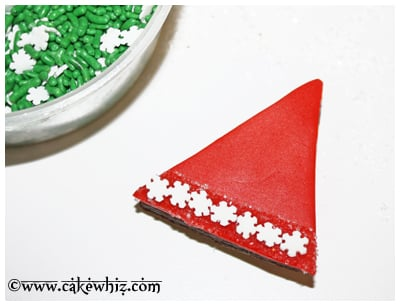 santa hat brownies 12