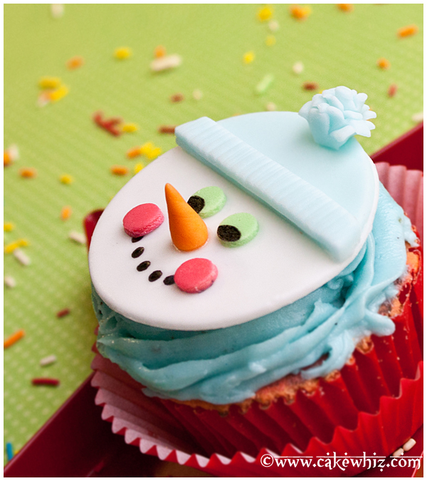 Easy Snowman Cupcakes Tutorial