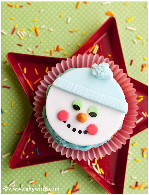 How to Make Snowman Cupcakes