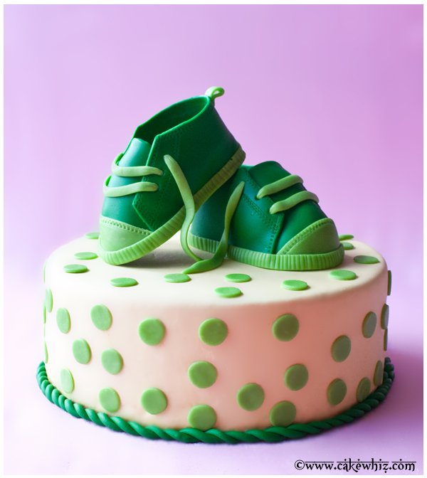 How to Make Fondant Baby Shoes 1