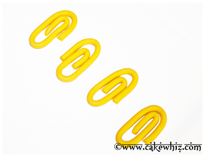 how to make fondant paper clips 5