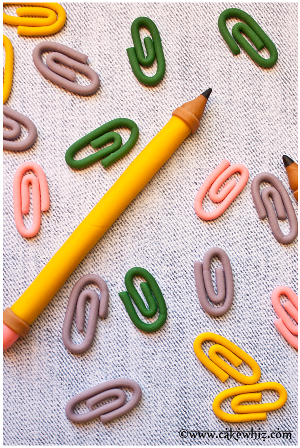 how to make fondant paper clips 1