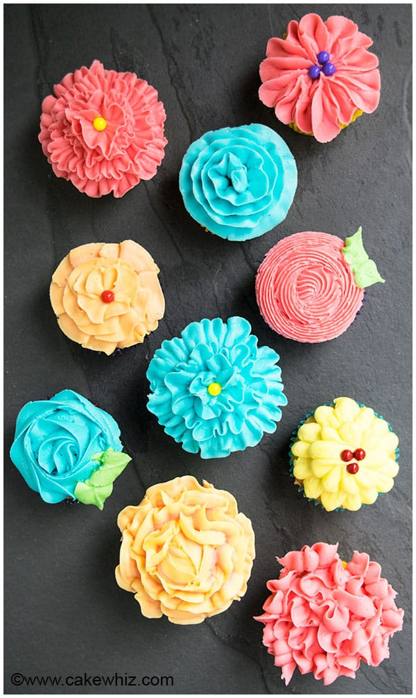How to Decorate Cupcakes (Easy Flower Cupcakes)