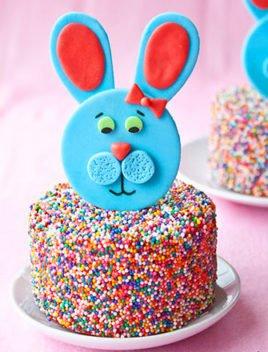 Fondant Bunny Cake Topper