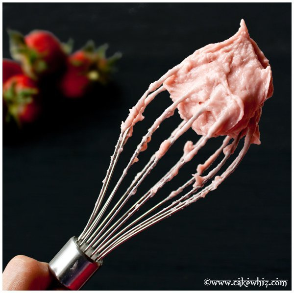 Fresh Strawberry Buttercream Frosting Recipe 1