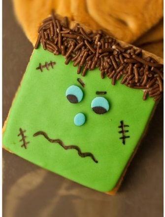 Easy Frankenstein Cookies (Halloween Cookies)