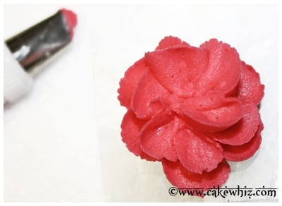 easy royal icing flowers 19