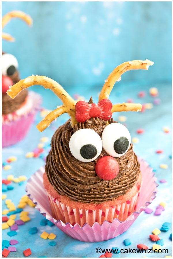 easy rudolph cupcakes 4