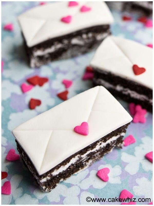 mini love letter cakes 4