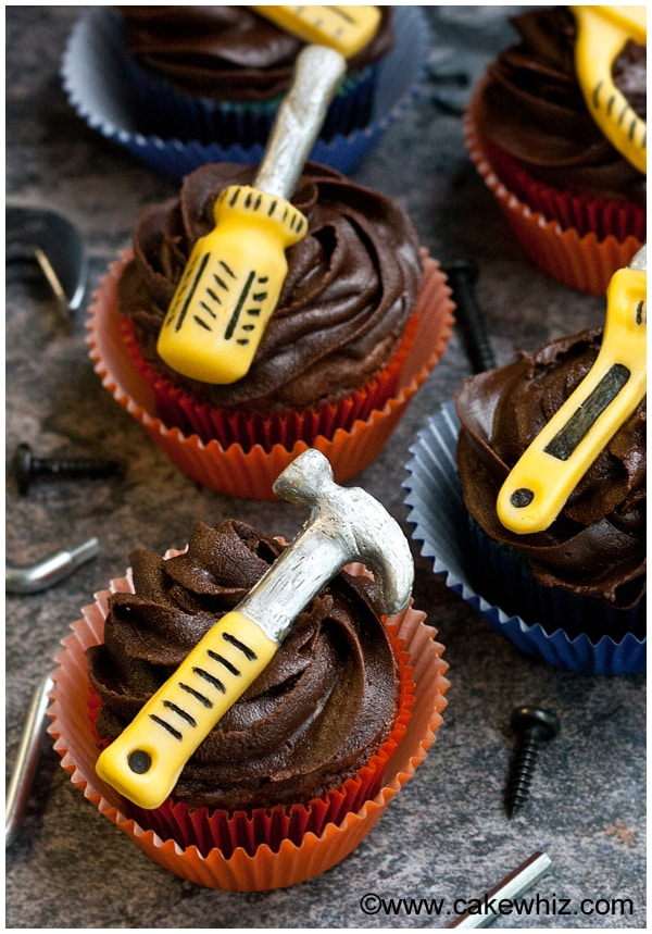 10 fun father's day ideas- handyman tools cupcakes