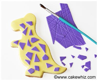 easy dinosaur cookies tutorial 13