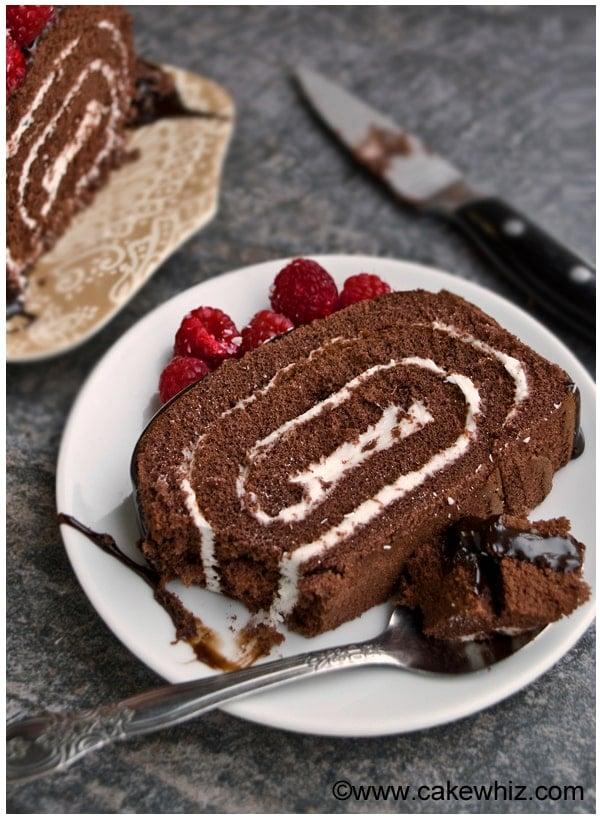 mocha cake roll with raspberries 2