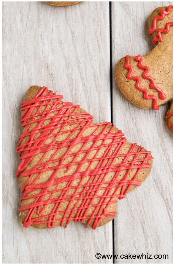 Soft and Easy Gingerbread Cookie Recipe