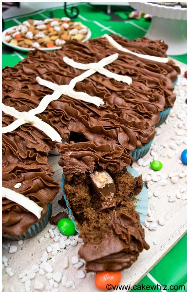 football pull apart cupcakes 01