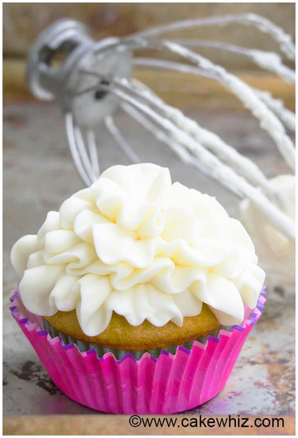 how to make cream cheese frosting for decorating cupcakes