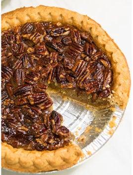 Easy Pecan Pie Recipe (Old Fashioned Pecan Pie)