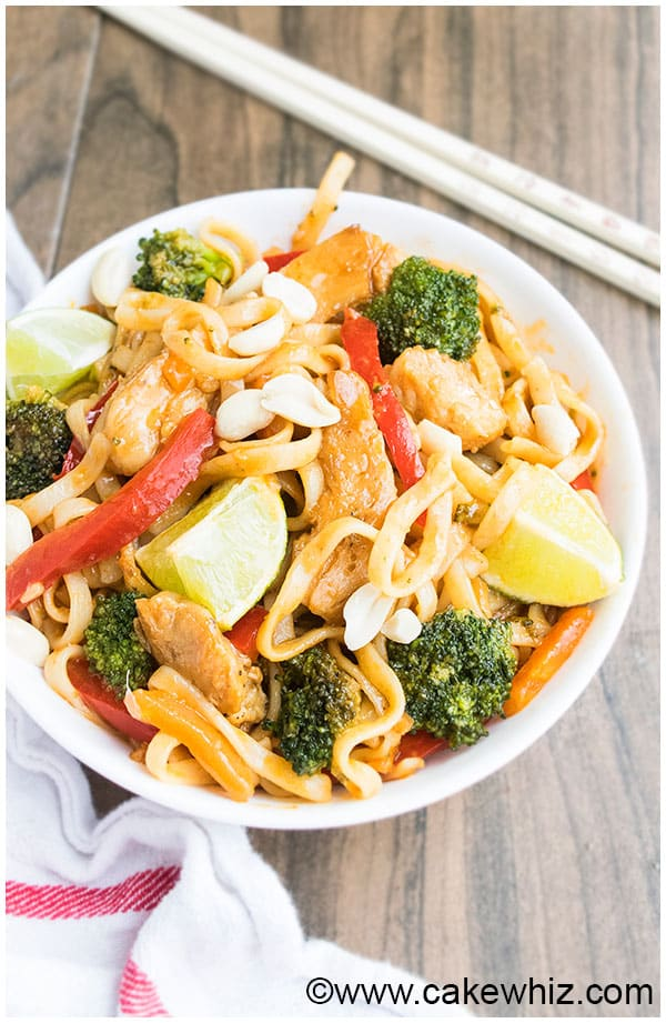 Chicken Pad Thai Recipe (Easy Weeknight Dinner) 3