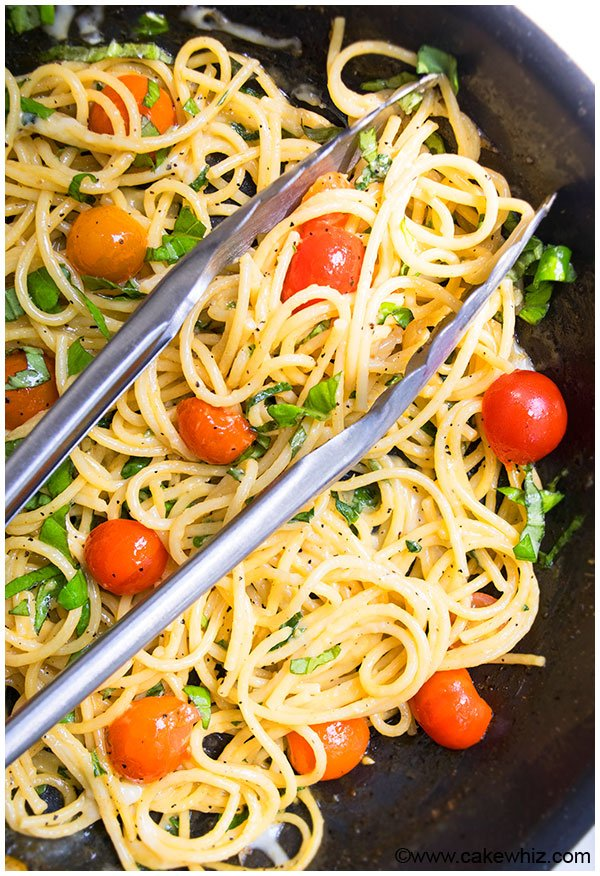 20 Minute One Pot Tomato Basil Pasta Recipe