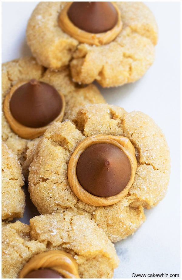 Easy Peanut Butter Blossom Cookies