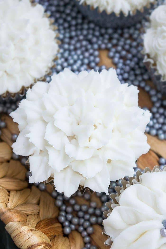White Wedding Cupcakes Recipe