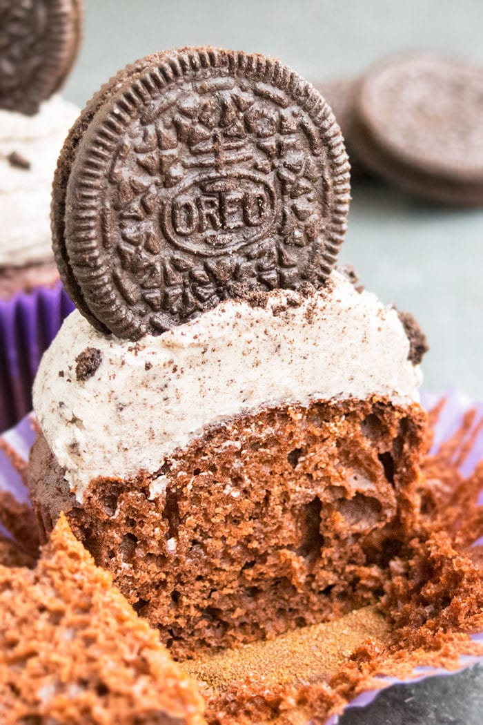 Easy Oreo Cupcake Recipe (Soft and Moist)