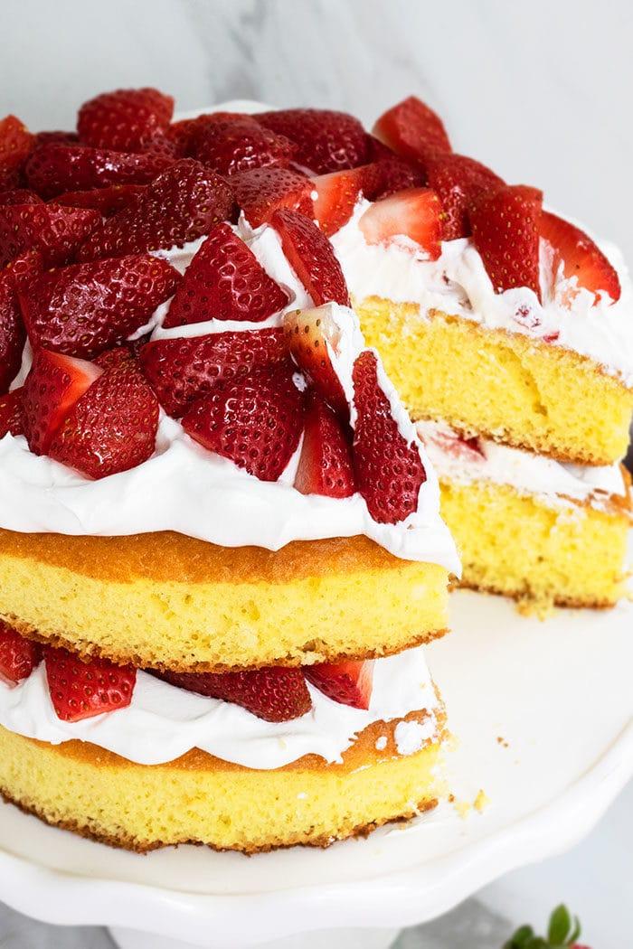 Strawberry Layer Cake With Vanilla Cake, Whipped Cream, Fresh Strawberries